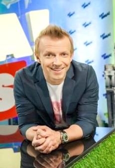 Антон Комолов, биография, новости, фото - узнай вce!