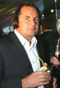 Рустам Тарико, биография, новости, фото - узнай вce!